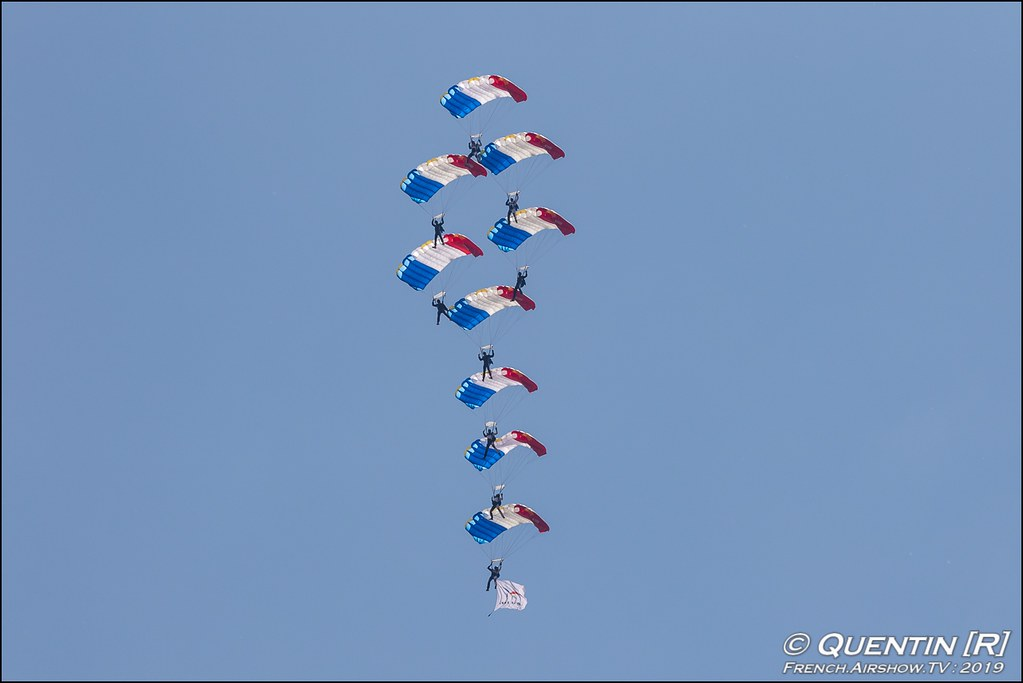 L'équipe parachutiste de présentation et de compétition de l'Armée de l'Air EPPCAA Meeting de l'Air BA-115 Orange 2019 Canon Sigma France contemporary lens Meeting Aerien