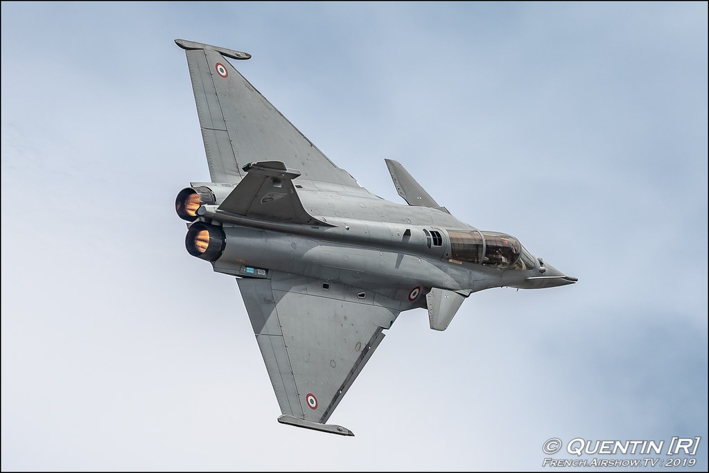 Rafale Solo Display Sigma 500 mm f/4 DG OS HSM Sports