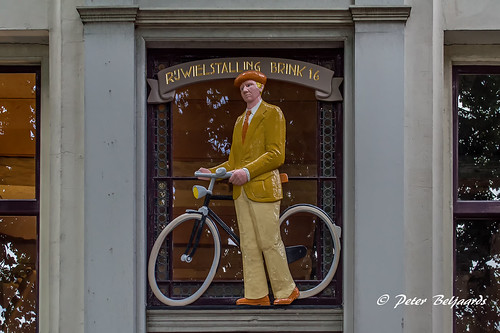 A old sign tells that Brink 16 in Deventer Netherlands was once the location for a bicycle shed.