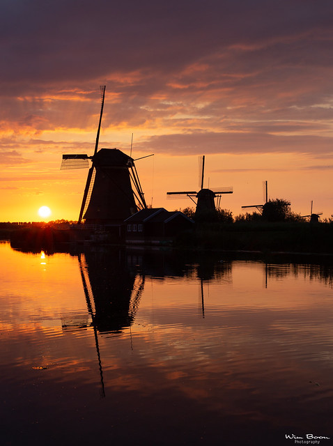 JUST ANOTHER SUNSET IN KINDERDIJK