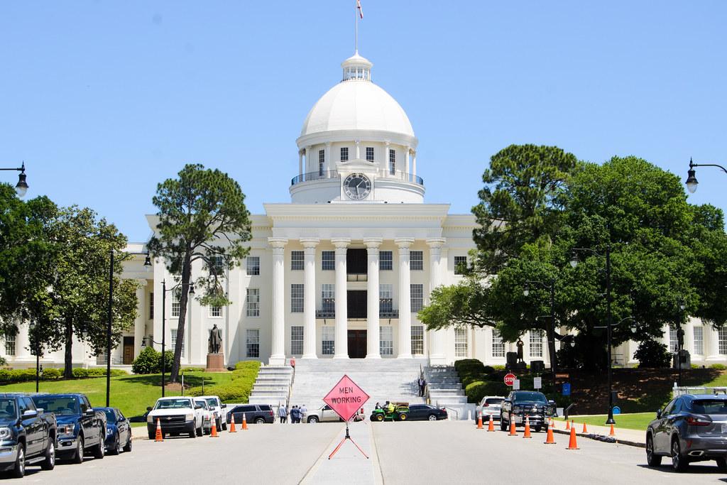 Alabama State House: Men Working