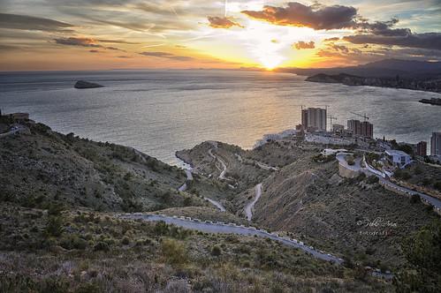 pabloarias photoshop ps capturanxd photomatix españa nubes cielo arquitectura curvas montaña mar agua mediterráneo isla benidorm alicante