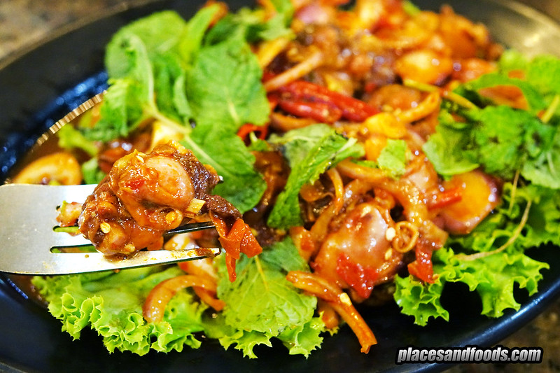 kuang seafood bangkok spicy crockle salad