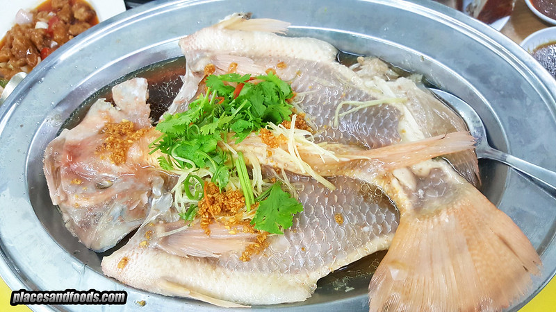 soon lok steamed fish soy sauce