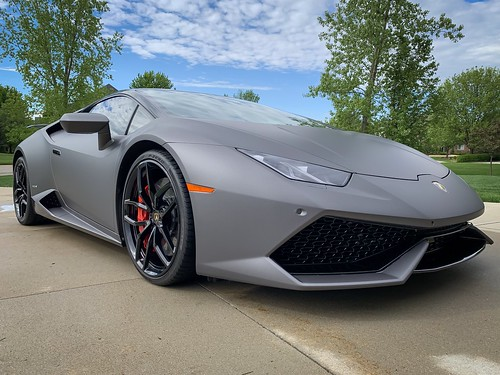 Lamborghini | by clicksully