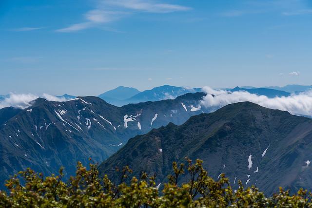 谷川・尾瀬の山・・強風に流れる雲@仙ノ倉山