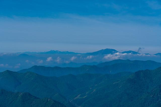 左から南アルプス、八ヶ岳、浅間山