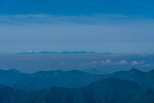 奥秩父山塊と富士