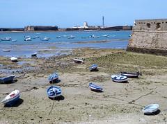 Cadiz - castillos - boats