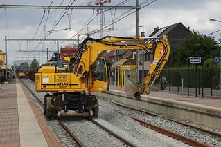 Dekraantjes van plezier doen het fijn werk te Geel op 16/06/2019.