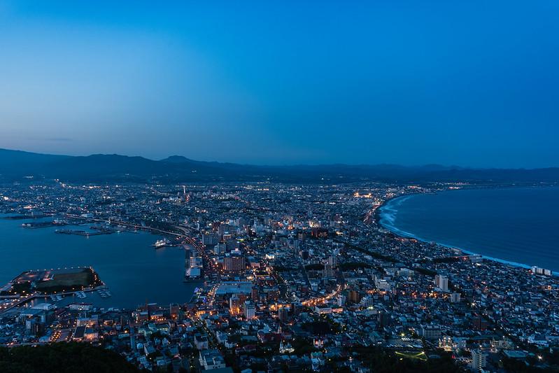 函館山展望台からの夜景・日没15分後