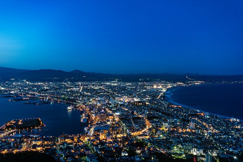 函館山展望台からの夜景・日没30分後
