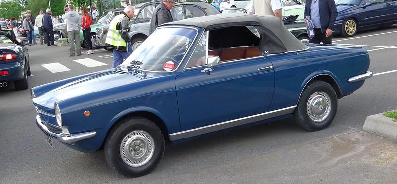 FIAT 850 Spider Vignale  1967 - Rambouillet Juin 2019 48073181793_63bf357968_c