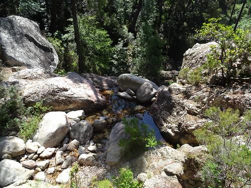 Le Peralzone après la traversée en amont de la cascade