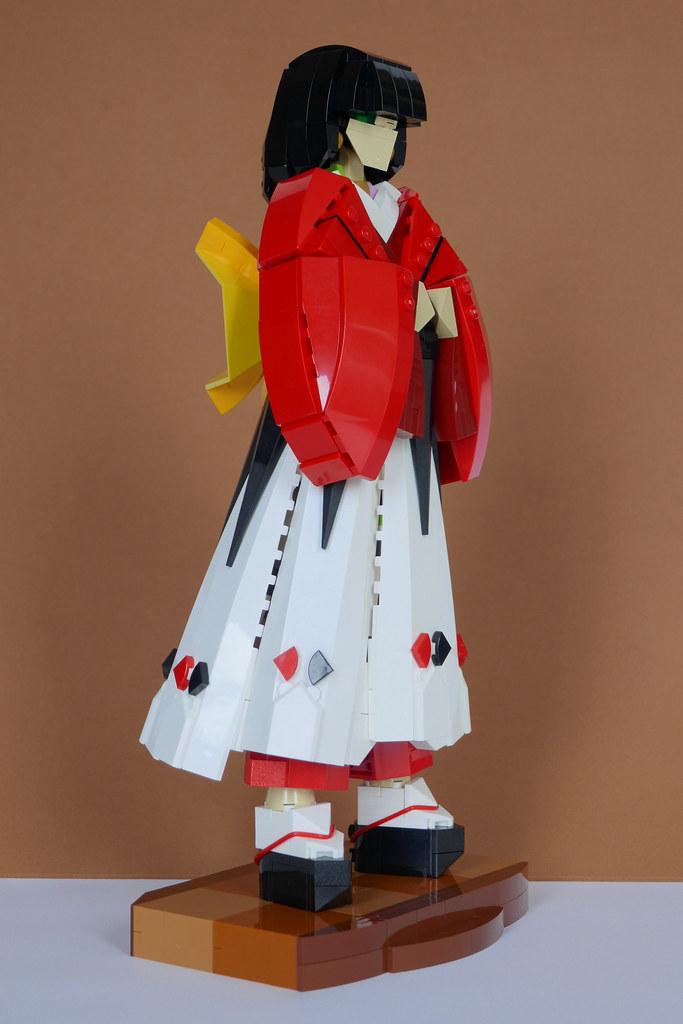 Kokoro-hime (心姫) (custom built Lego model)
