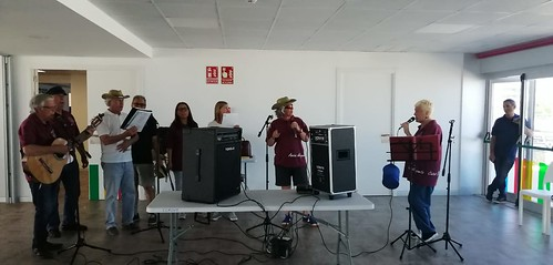 El CantaQueix al centre cívic Montse Civit
