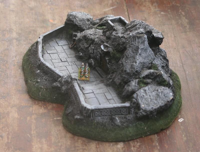 [Nain] Le Dwarf Mountain Stronghold 48075671041_e3a222879f_c