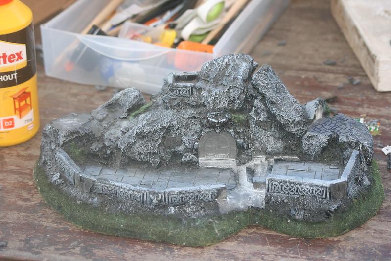 [Nain] Le Dwarf Mountain Stronghold 48075775127_e697d7d20e_c