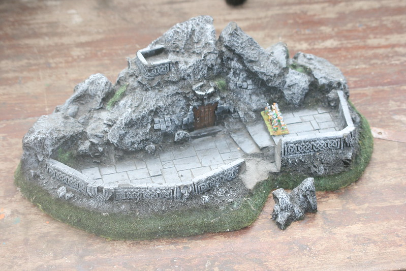 [Nain] Le Dwarf Mountain Stronghold 48075776487_fe6aefe0ce_c