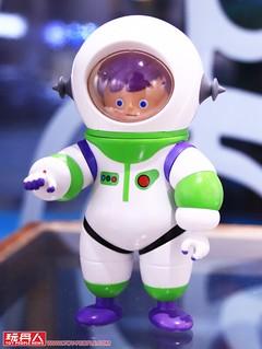 一起來體驗超可愛太空人「Unio」的魅力吧~! 玩具探險隊 009【Free of Gravity】個人展覽 at The Little Hut 現場報導