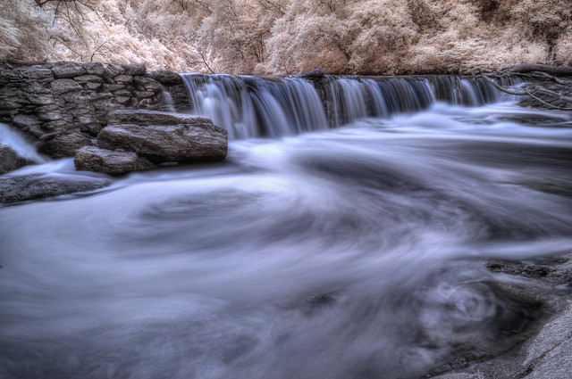 Creek Falls (IR)