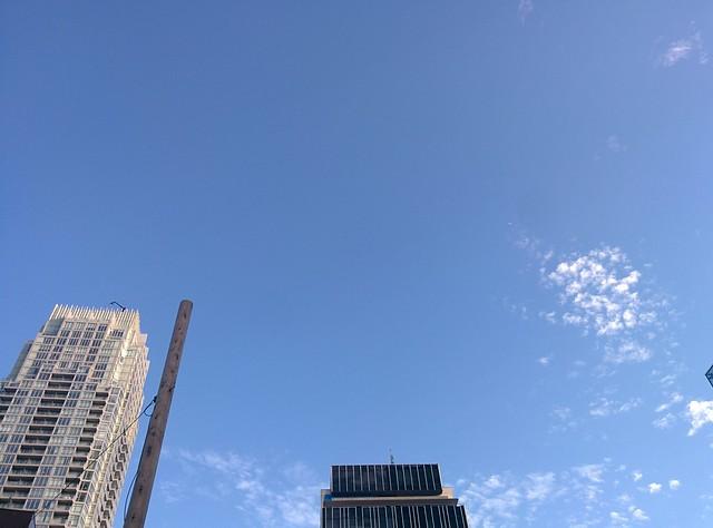 Bright evening sky, south-facing #toronto #yongeandeglinton #blue #sky #clouds #evening #latergram