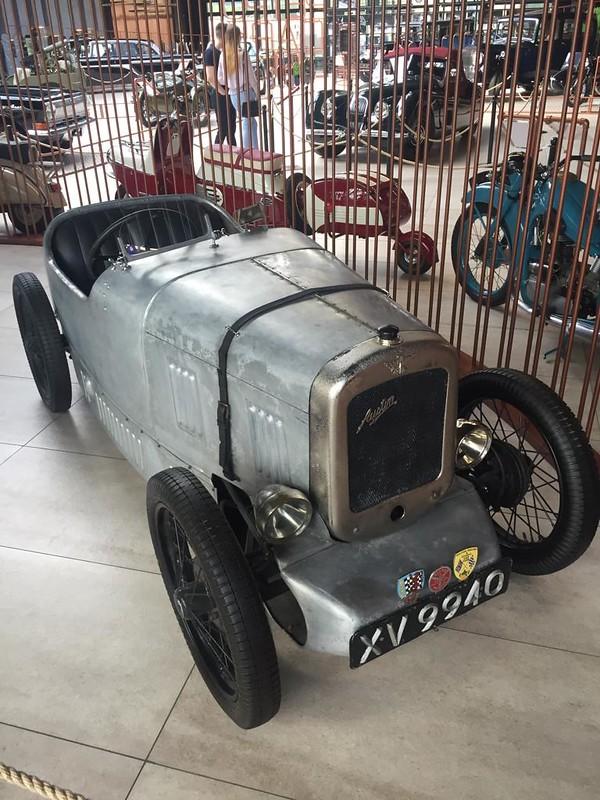 Музей ретроавтомобилей в Новокузнецке - Остин