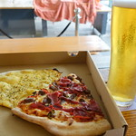 Spicy Beef Pizza, Garlic Bread and Pint of Lager