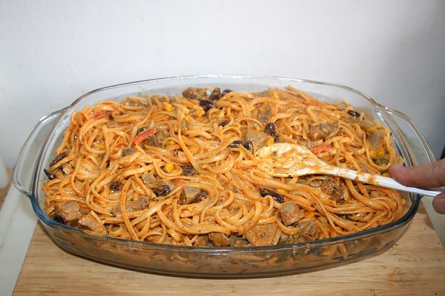 24 - Nudeln glatt streichen / Flatten noodles