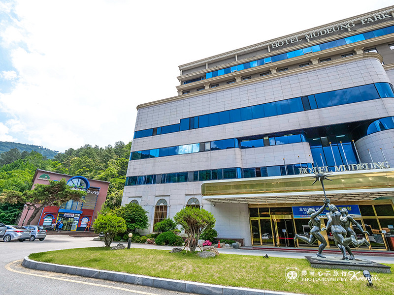korea-gwangju-monorail-3