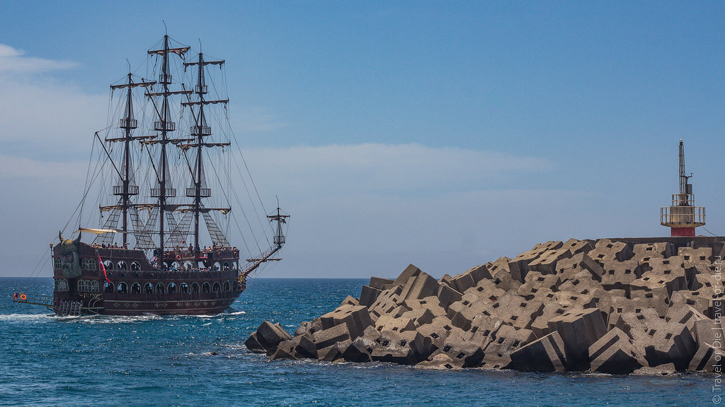 Pirate-Yacht-Alanya-Прогулка-на-пиратском-корабле-в-Алании-5189