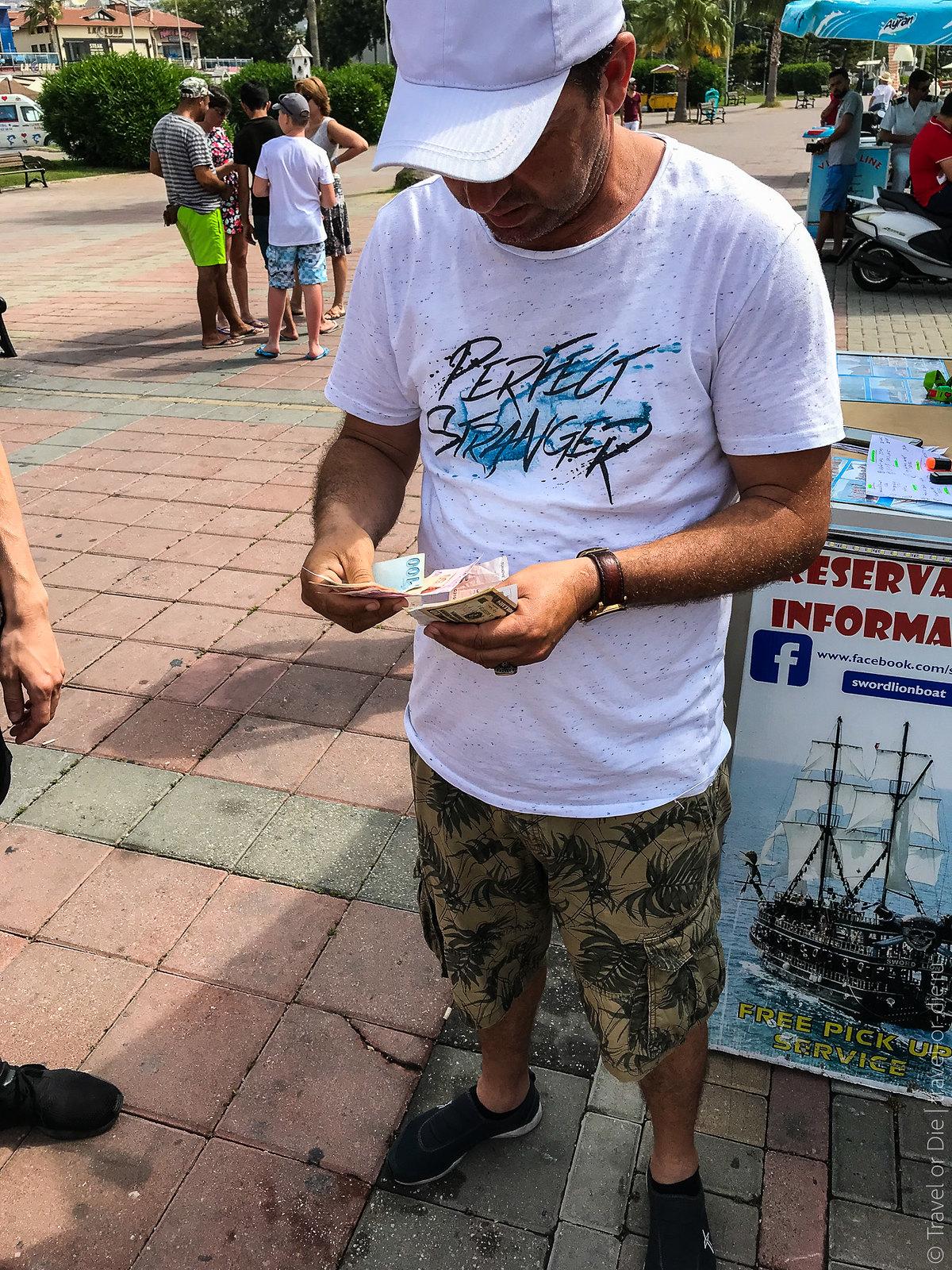 Pirate-Yacht-Alanya-Прогулка-на-пиратской-яхте-в-Алании-7058