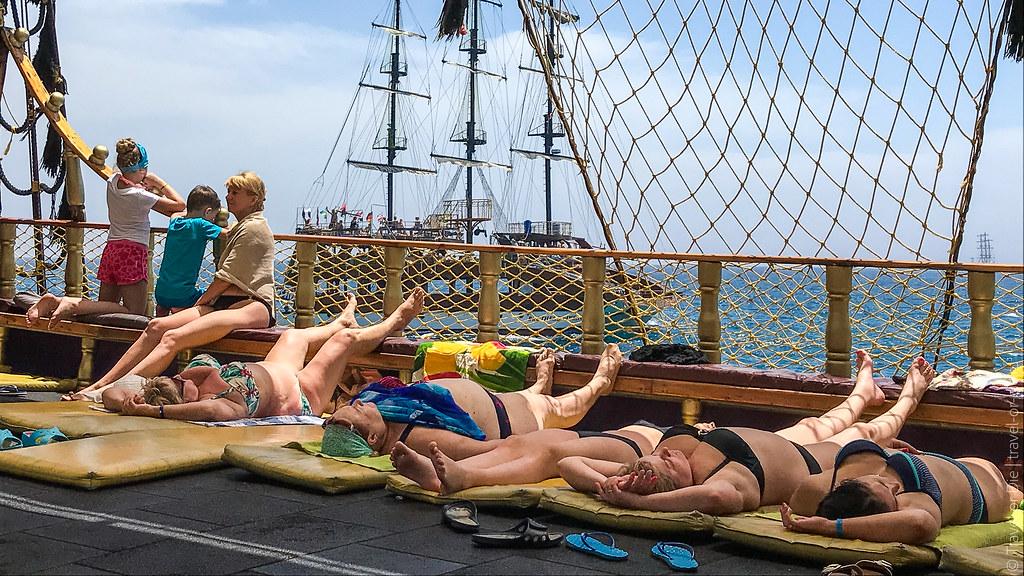 Pirate-Yacht-Alanya-Прогулка-на-пиратской-яхте-в-Алании-7181