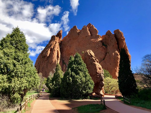 gardenofthegods colorado coloradosprings usa america amerika red rocks redrocks scenery landscape landschaft naturalwonders naturalwonder walkinglandscape beautifulview iphone peterch51