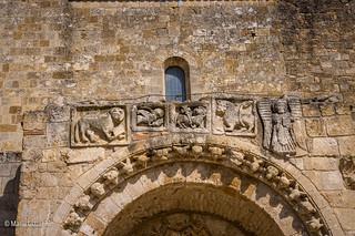 S. Maria d'Anglona, sul portale formelle con i simboli degli Evangelisti da una costruzione più antica.
