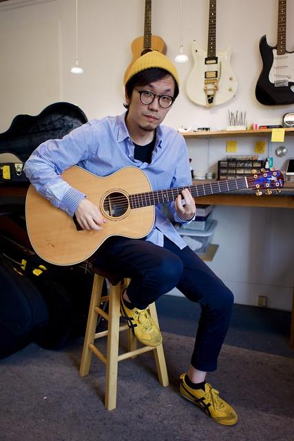 The amazing Shingo Yugi in the shop for repairs to his Yairi Acoustic, neelyguitars.com