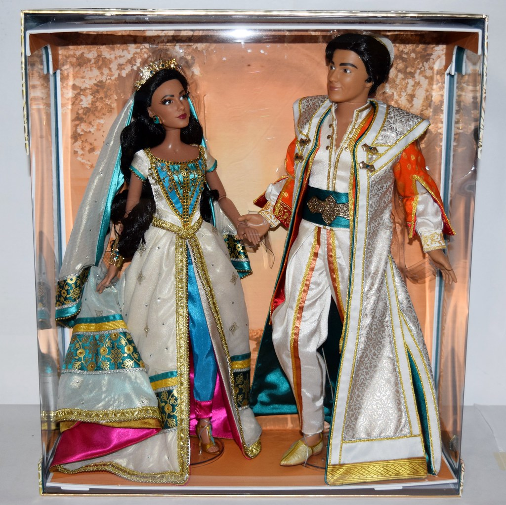 2019 Live Action Jasmine And Aladdin Limited Edition Doll