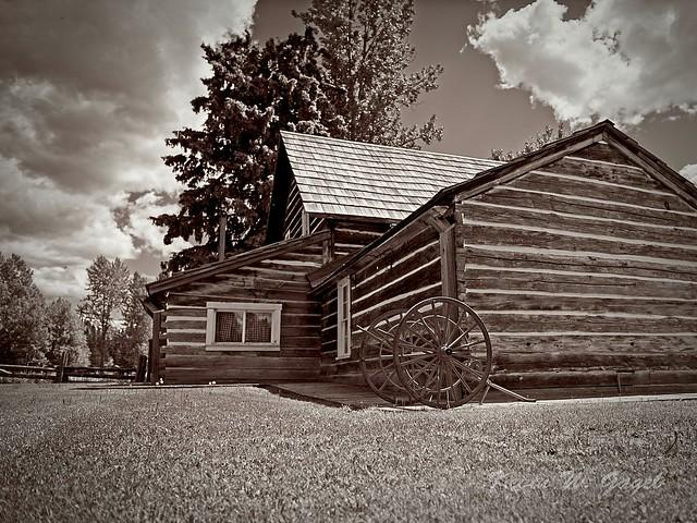 Cottonwood House 06
