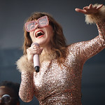 Sat, 15/06/2019 - 7:04am - Live on WFUV Radio, Jenny Lewis and her band at Forest Hills Stadium in Queens, NY on June 15, 2019. Photo by Gus Philippas/WFUV