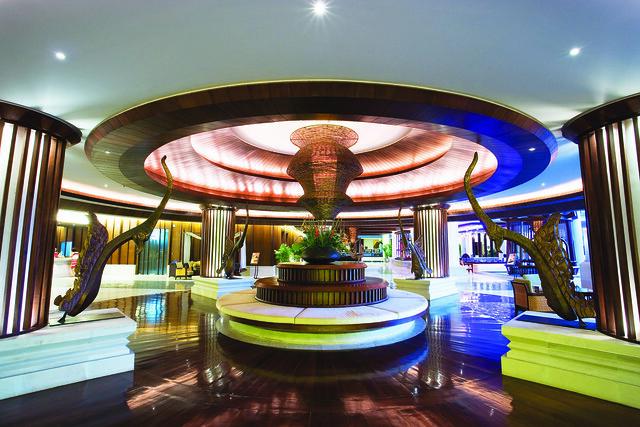 1 Hotel Lobby
