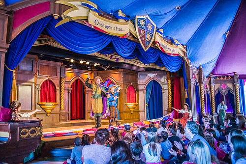 Beauty and the Beast show - Royal Theatre - Disneyland