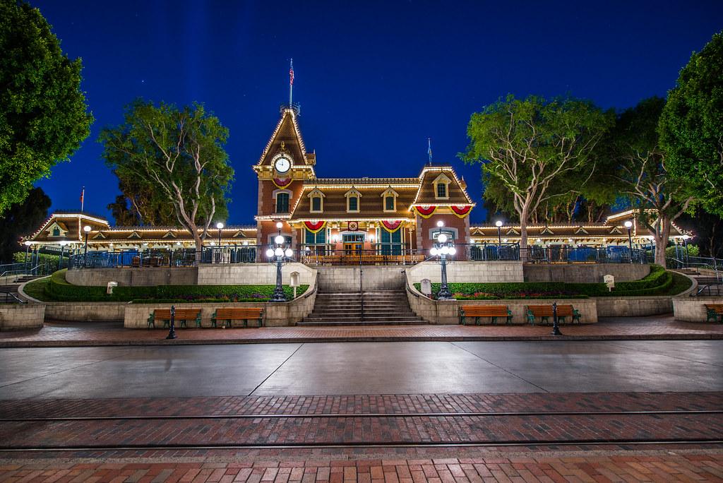 _DSC9351 by George Landis   Via Flickr:  Disneyland at Night - Main Street Railroad Station