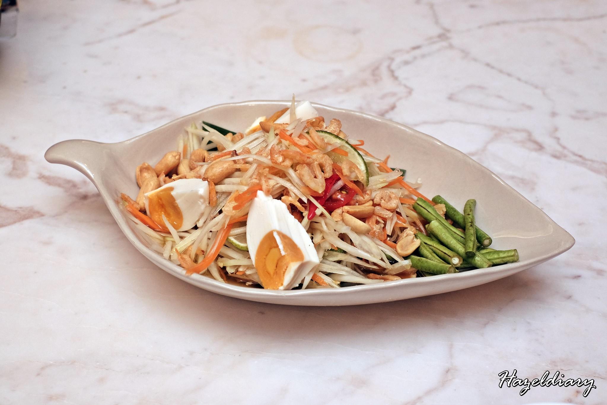 Un-Yang-Kor-Dai -Papaya Salad