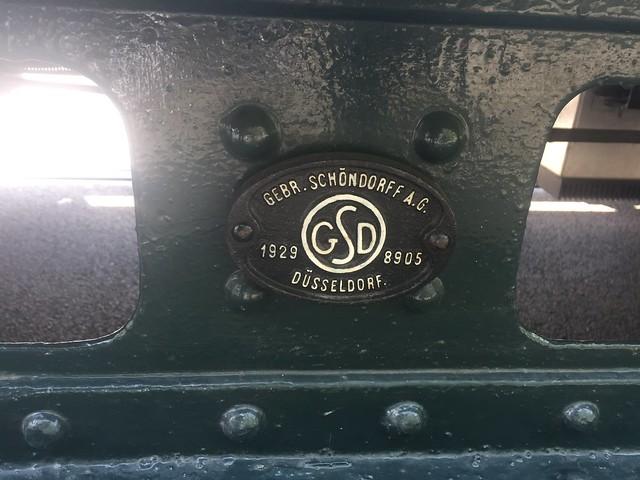 1929 Herstellerzeichen Straßenbahn-Triebwagen TM34 der BVG mit Nr. 3802 von Gebr. Schöndorff A.G. in Düsseldorf (GSD) Werk.-Nr. 8905 in 12527 Berlin-Schmöckwitz