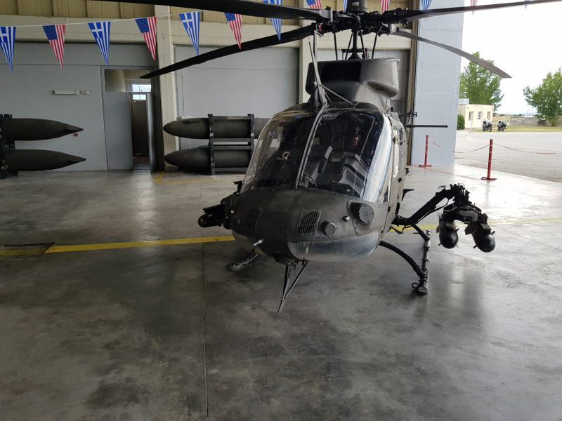 Hellenic Army receives 70 Kiowa and 10 Chinook helicopters