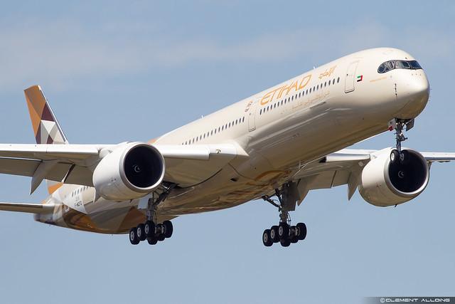 Etihad Airways Airbus A350-1041 cn 315 F-WZFD // A6-XWA