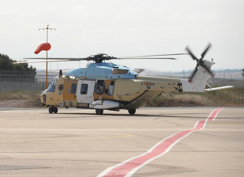120619 - NH90 - ET-814 - Sp Army - LEAB (16)