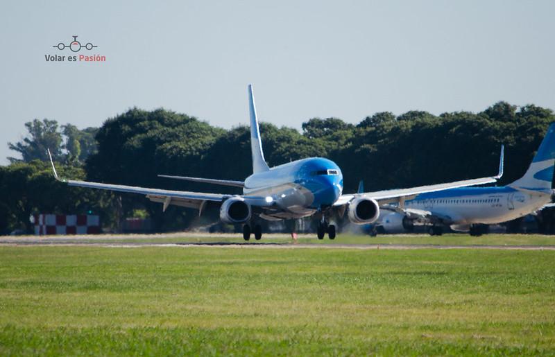 Aerolíneas Argentinas B737-800
