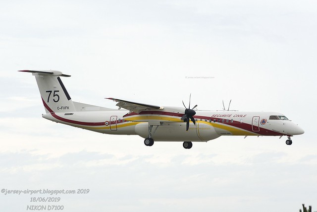 C-FXFK - F-ZBMH  De Havilland Canada DHC-8-402MR