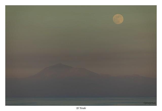 Tenerife y la Luna